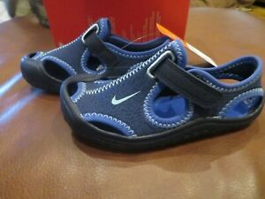 NWT Toddler Boys or Girls Blue Nike Sunray Protect Sandals Size 8