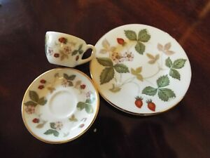 Wedgewood Mirabelle Miniature Wild Strawberry Cup & Saucer And Plate