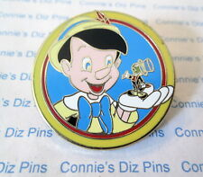 PINOCCHIO HOLDING JIMINY CRICKET in HAND - 2012 MYSTERY PACK DLR WDW Disney Pin