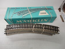 Marklin Ho 5200 curved track sections nice!