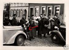 16493/ Originalfoto 6x9cm, Kraftfahrer+Fahrzeuge, Kleidersammlung, ca. 1935