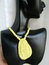 Natural Yellow Butterscotch Baltic old Amber Carving Necklace