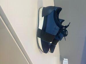 Authentic Balenciaga Race low-top sneakers blue & black