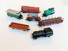 Märklin Lokomotive und 6 Waggons