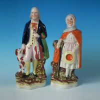 Paio Staffordshire Cieco Fiddler E Vecchio Signora Figurine