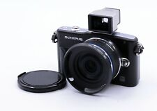 OLYMPUS E-PM1 12.3MP DIGITAL CAMERA WITH 17mm F/2.8 PANCAKE LENS + VF-1 FINDER