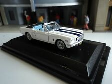 Oxford  1965  Ford Mustang Convertible  White /Blue Stripes  1/87   HO  diecast