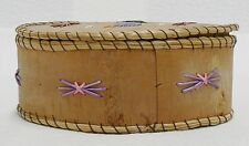 VINTAGE HAND MADE BIRCH BARK WITH SWEET GRASS BASKET WITH LID MADE IN CANADA