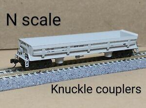 Maintenance of Way side dump car N scale Walthers gray ballast rock gondola MoW