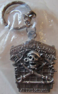 Vintage Treasure Island At The Mirage Skull And Swords Pirate Keychain