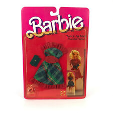 Barbie Twice As Nice Reversible Fashion Pack Red and Green Plaid 1984