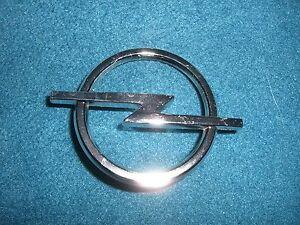 Emblem / Badge Opel Blitz Kühlergrill ca.58 mm Durchmesser, 2 Befestigungsstifte