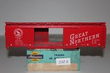 HO Scale Athearn 1311 Great Northern 50' Double Door Boxcar 3525 Kit D2223