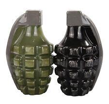 Attractives Magnetic Ceramic Salt Pepper Shakers Pineapple Hand Grenades