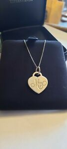"""Tiffany & Co Mum Silver Necklace In Large Velvet Box Stunning 16"""" chain"""
