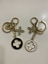 Set Of 2 Crystal Designer Inspired Flower Love Key Chain Handbag Charm Keychains