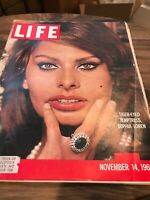 Vintage Life Magazine November 14, 1960 - Sophia Loren on Front Cover