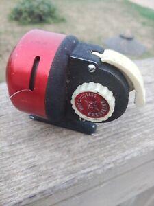 Vintage Rare Crestline Push Button Spincasting Fishing Reel. Works.