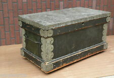 Antique Green Paint Flat Top Fitted Interior Carpenters Chest tool box trunk