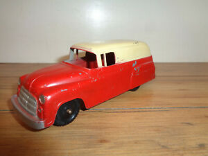 TOOTSIETOY 5-1/2 INCH RED AND WHITE CHEVY PANEL TRUCK