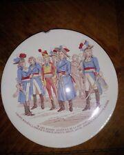 assiette ancienne en couleur Sarreguemines dit parlante ou à étiquettes