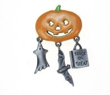 HAPPY HALLOWEEN SMILING PUMPKIN W/ DANGLE CHARMS GHOST BAT TRICK OR TREAT BROOCH