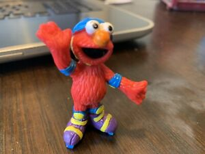 "Vintage 2001 Fisher Price Sesame Street Ice Skating Elmo Collectible 2.5"" Figure"