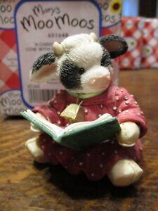 Mary's Moo Moos A Christmas Cowal Caroling Book Cow figurine 651648
