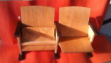 1 Bank: (2 Kino-Klappstühle aus Holz) für Puppen oder zur Dekoration (UNIKAT).