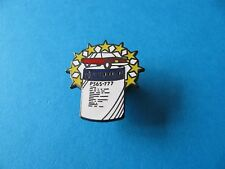 AUTO COLOR Paint Pin Badge. VGC.  Advertising. Enamel.