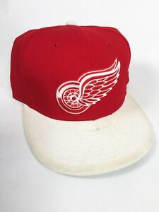 Detroit Red Wings New Era 9FIFTY NHL Red Primary Snapback Hockey Cap Hat