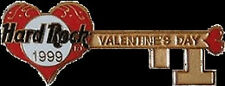 Hard Rock Cafe ONLINE 1999 Valentine's Day PIN Gold Key Heart Guitar #2841 NEW!