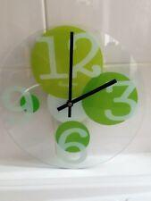 Pendule avec cadran de verre
