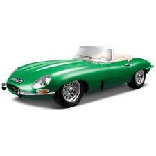 Voitures, camions et fourgons miniatures vert pour Jaguar 1:18