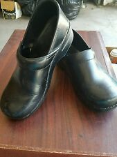 "Nice! Womens ""Dansko"" Black Leather Clogs - Shoe Size EUR 40 US 9.5 - 10 M"
