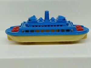 Vintage RENWAL Ferry Boat No. 140 Hard Plastic Yellow/Blue