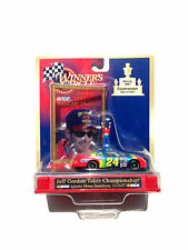 1998 KENNER #24 JEFF GORDON CHAMPIONSHIP COLLECTIBLE 1997 DUPONT NASCAR CAR