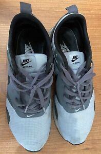 Men's Nike Air Max Tavas Running Shoes Size 8.5 Grey