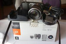 APN Hybride Sony Nex3 avec objectif 18-55 et flash