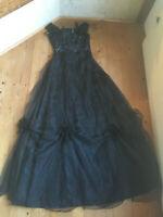 Maxikleid Abendkleid große Abend Robe schwarz Organdi Strass sehr lang 36 38