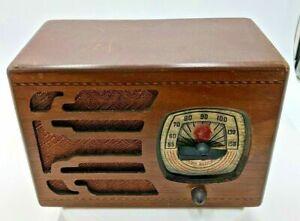 Vintage 1940s RCA Tube Radio Banded Inlay Wood Case, Untested