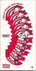 1986 CINCINNATI REDS MLB MEDIA GUIDE VINTAGE FREE SHIPPING PETE ROSE COVER