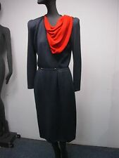 VINTAGE ST JOHN CHARCOAL GREY BLACK KNIT DRESS w ATTACHED RED SCARF & CLIP 2-4