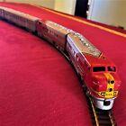 Athearn HO Sante Fe Streamline Passenger Train, 8-piece Vintage Model c.1962