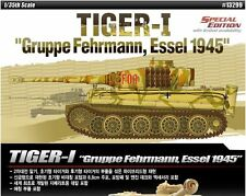 Academy 1/35 Tiger-I Gruppe Fehrmann Essel 1945 Plastic Model Kit Military Armor