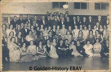 VINTAGE BLACK WHITE PHOTOGRAPH PHOTO OF GROUP LARGE DINNER ? POSTCARD SOCIAL