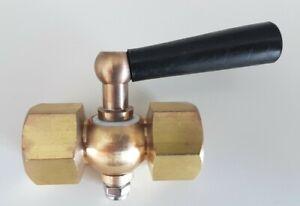 "Brass Instrument Isolation Valve for Pressure Gauges - Cock 1/2"" Female x Female"