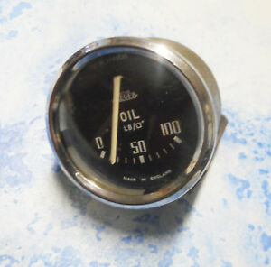 Triumph Tr2-Tr3 early Tr4 Jaeger Oil Pressure Domed Glass Guage 0-100. PL2561/