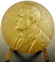 Medal to the Writer and Poet Victor Hugo 68 mm Sc Borrel 1884 French Medal
