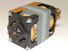 Elektromotor AEG mit Riemenscheibe EB50D35/2 5µF/220V Projektor Vintage NOS W74